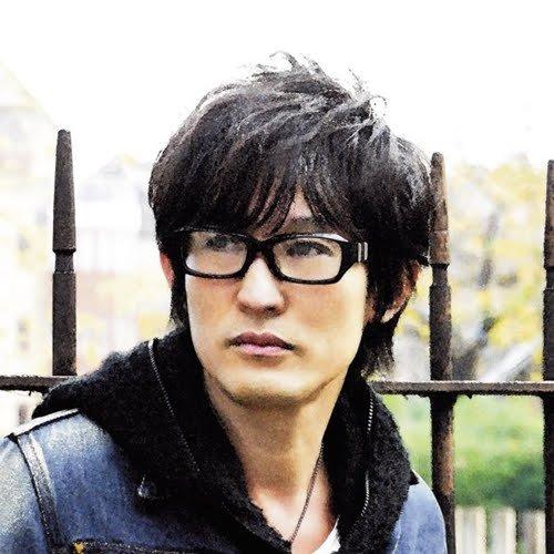 スガ シカオ (Suga Shikao) - 復興支援スタジオLIVE 2011